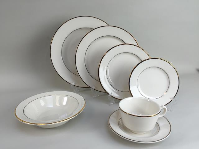 Where to find IVORY DOUBLE GOLD CHINA in Portland