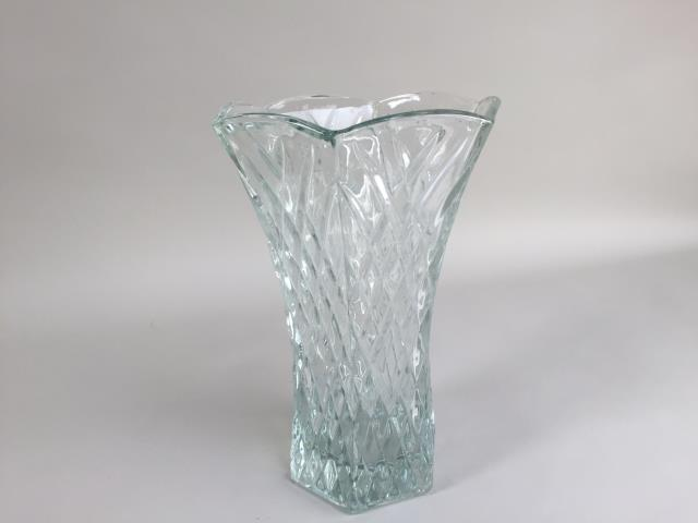Where to find VASE, CUT CRYSTAL CLR 10 in Portland